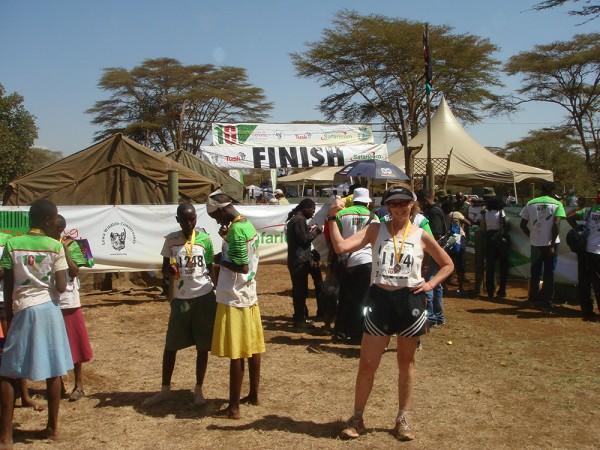 K finish Kenya w:girls