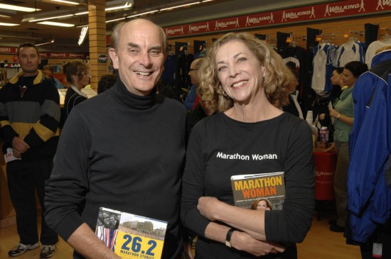 Kathrine and Roger signing books at the Whitby Running Room on Oct.15, 2007